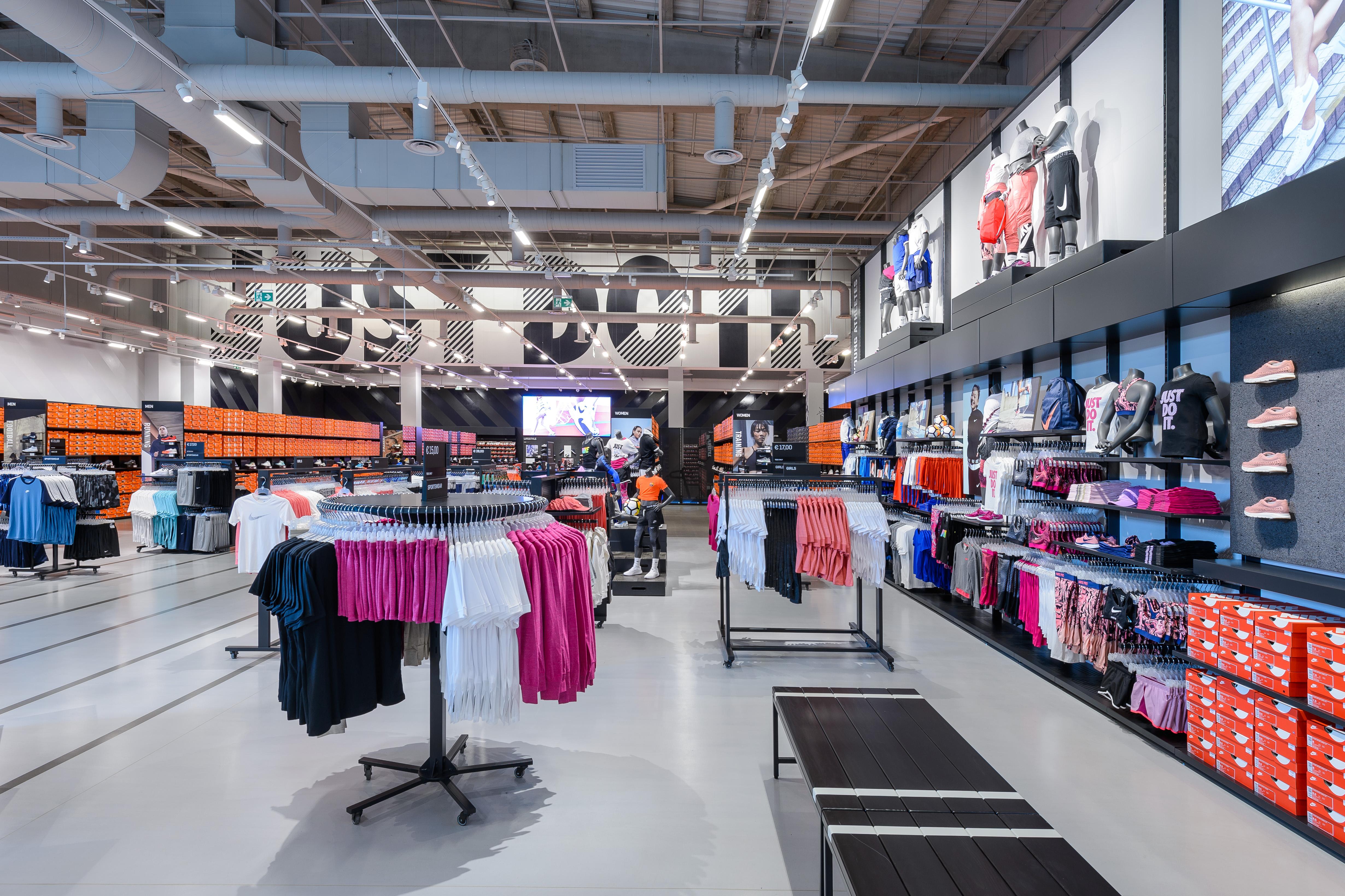 a9789d801a434 Nike Factory Store - La Roca Barcelona